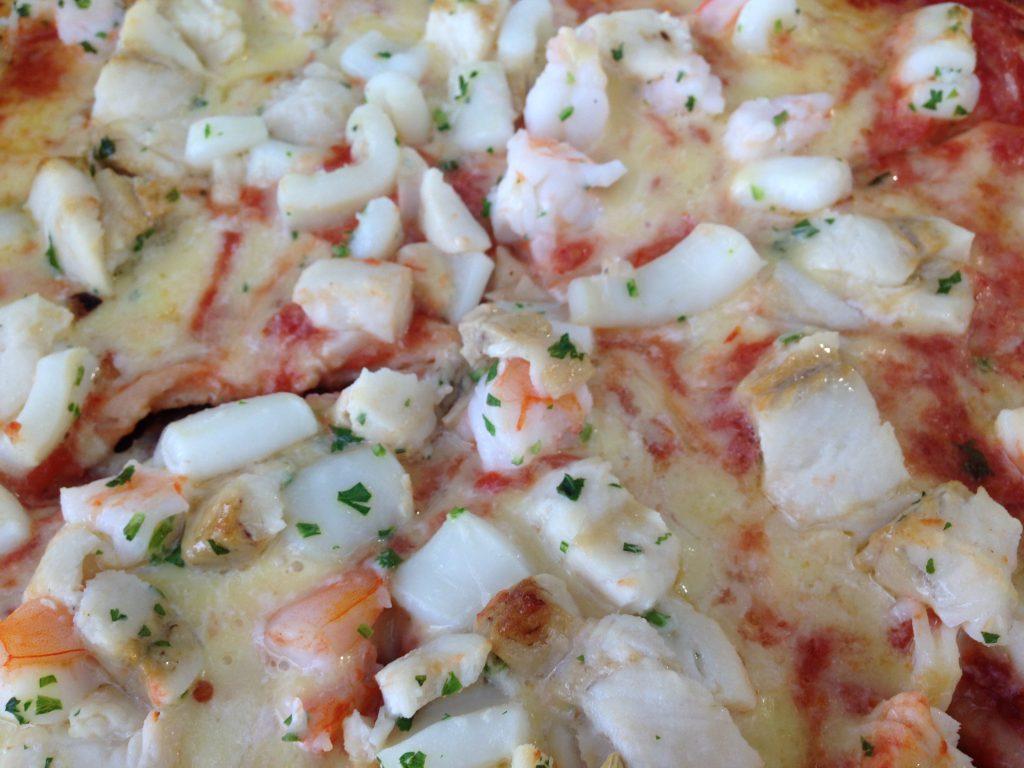 シーフードピザ1