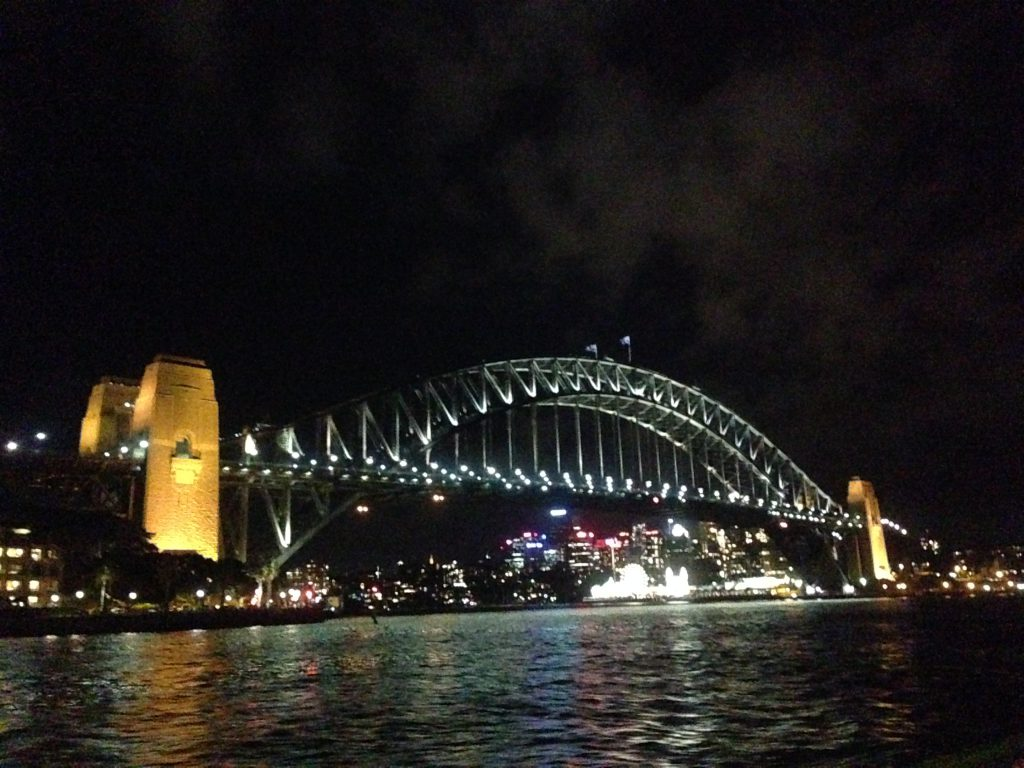 夜のハーバーブリッジ