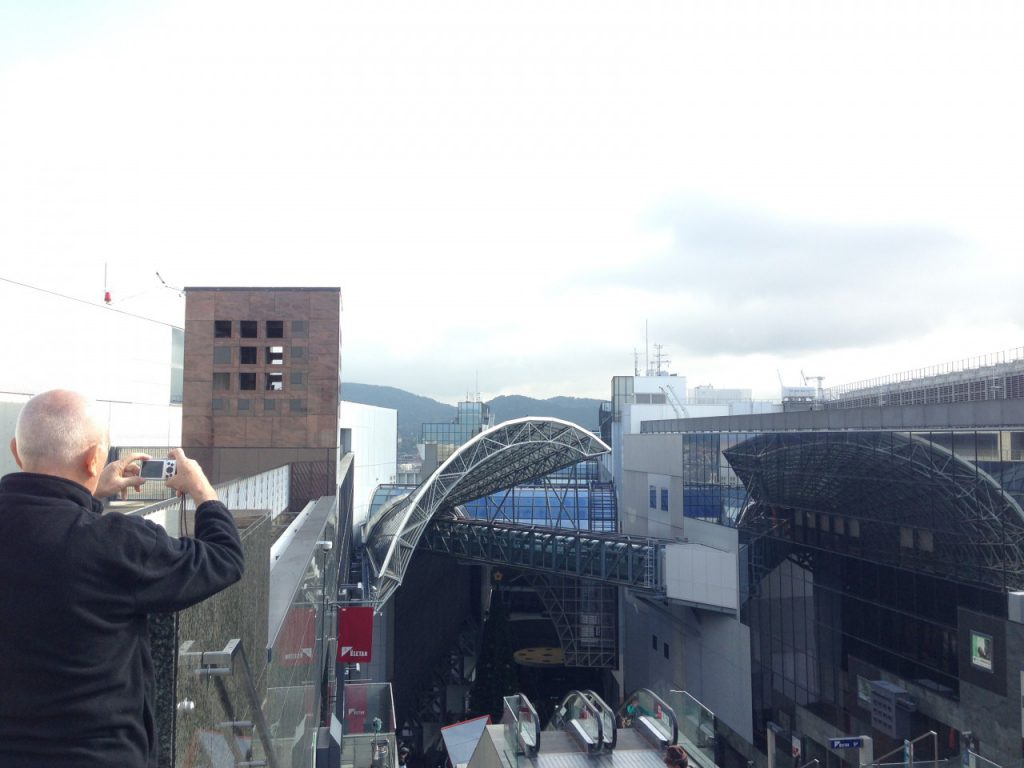 Chuckが特別気に入った京都駅屋上