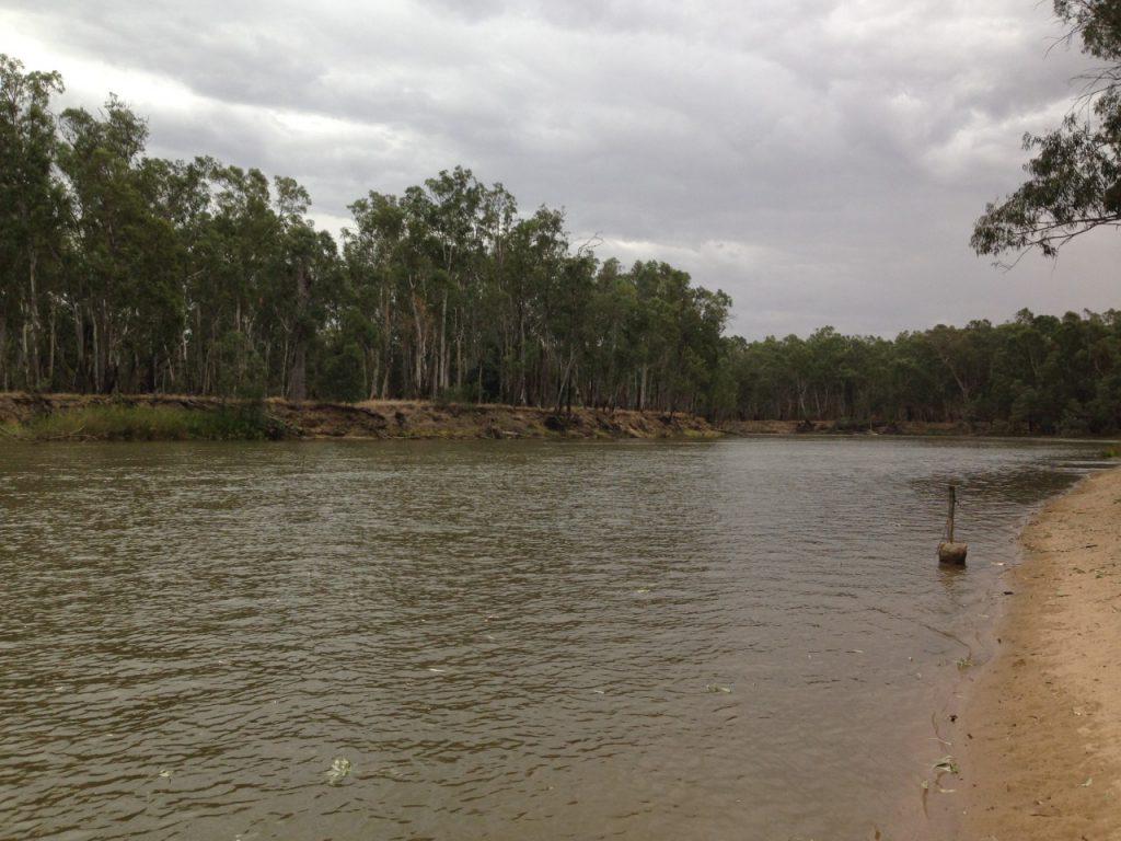 Murrumbidgee River マランビジー川といいます。
