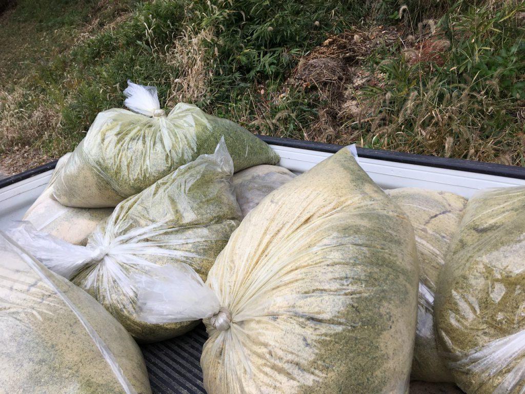 発酵竹パウダーと米ぬか